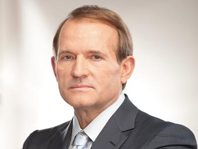 Віктор Медвечук заявив про те, що чиновники Мінздоров'я повинні нести кримінальну відповідальність за смерть українців