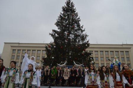 Цієї неділі Ужгород фестивалитиме