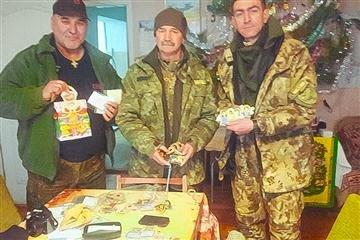 Діти написали закарпатським воїнам Різдвяні листівки (ФОТО)