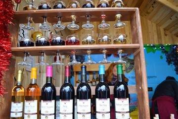 """40 виноробів цього року беруть участь у фестивалі """"Червене вино"""" (ВІДЕО)"""