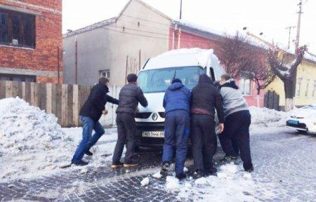 На Мукачівщині сталася потрійна ДТП (ФОТО)