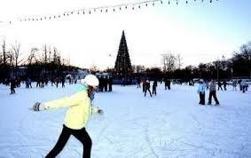 Ужгородські школярі провели сьогоднішній день на ковзанах (ВІДЕО)