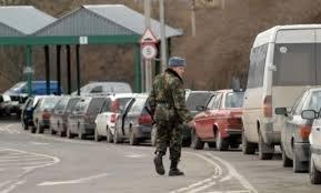 """На пункті пропуску """"Ужгород"""" на кордоні зі Словаччиною – знову  черги"""