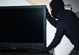 Закарпатець вкрав від свого сусіда телевізор