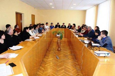 Розчищення доріг та бюджет 2017 року: при голові Виноградівської районної ради відбулася Координаційна рада