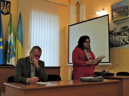 Берегівська міська рада взяла на себе половину оплати за харчування школярів