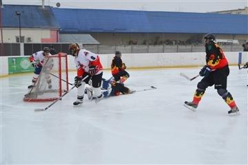 На Закарпатті змагалися хокеїсти