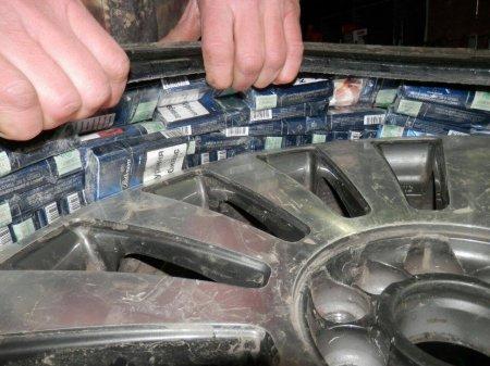 Закарпатські митники виявили в колесах «AUDI A6»  1160 пачок цигарок