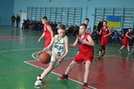 В Ужгороді відбувся другий етап всеукраїнської юнацької баскетбольної ліги (ВІДЕО)