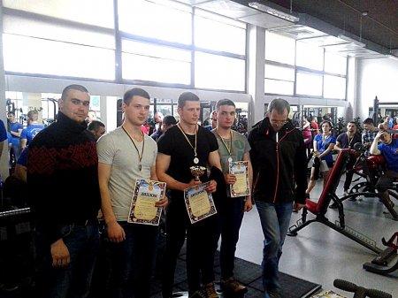 В Ужгороді відбувся чемпіонат міста з пауерліфтингу