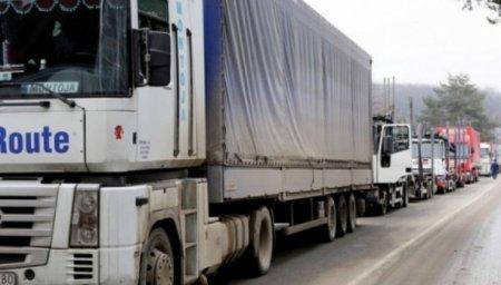 Аншлаг на митниці: чому на кордоні 200 вантажівок ? (ВІДЕО)