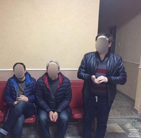 Патрульні затримали підозрюваних у крадіжці  (ФОТО)
