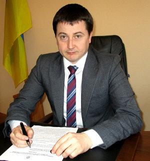 Голова Виноградівської  районної  ради скликає позачергову сесію