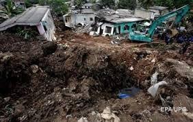 Обвал гори сміття на Шрі-Ланці: вже 29 загиблих