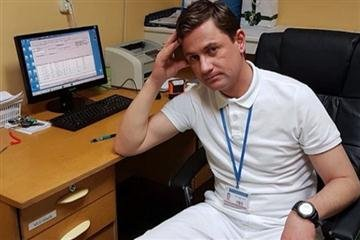 На Закарпатті медики виїжджають за кордон, проте одного таки депортують назад (ФОТО)