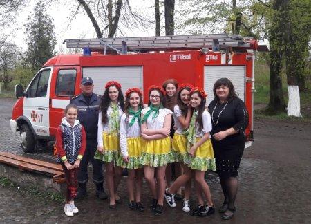 Мукачівські рятувальники провели просвітницьку акцію у школі-інтернаті І-ІІ ступенів (ФОТО)