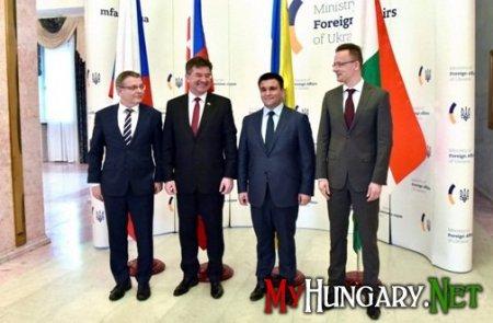 Угорщина відстоює права етнічних угорців Закарпаття