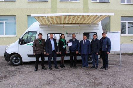 Мобільний сервісний центр МВС вперше приїхав до Виноградова