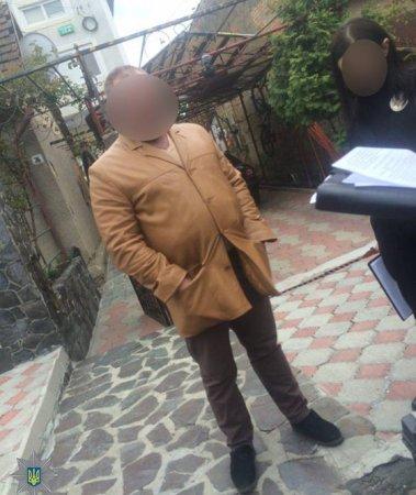 В Ужгороді затримали злочинця, який зброєю погрожував своєму товаришеві