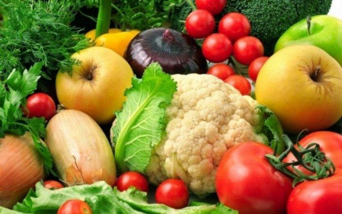 На ринку Ужгорода овочі та фрукти зросли у ціні (ВІДЕО) » Новини ... 03bd9e4cdf383