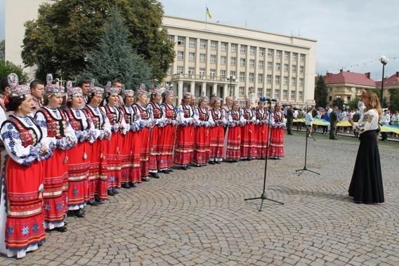 Закарпатська поліція долучилася досвяткування Дня Державного Прапора України