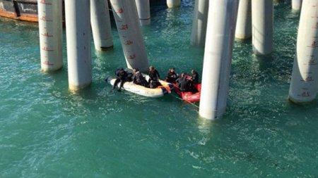 З'явились фото та відео з місця падіння пасажирського автобуса у Чорне море