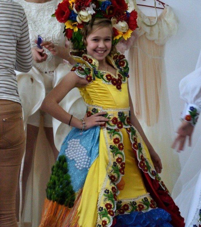 Дев'ятирічна українка здобула титул «Міні Міс Європа 2017»