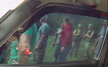 Побили активіста, який приїхав фіксувати незаконну вирубку лісу (ФОТО)
