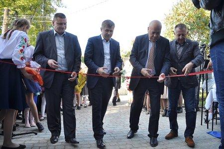 В Анталовцях відкрили реконструйовану школу