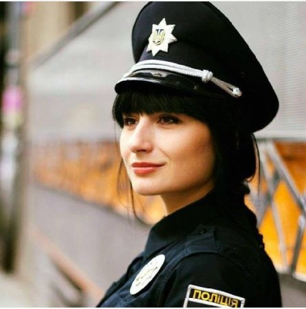 Найспокусливіша поліцейська живе і працює на Західній Україні (фото)