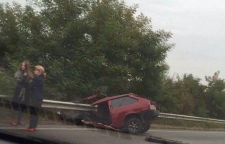 Жахливе ДТП на Закарпатті, автомобіль розірвало навпіл (фото)