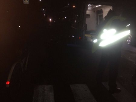 ДТП в Мукачеві:  на пішохідному переході автомобіль збив жінку (фото)