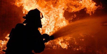 На Закарпатті згорів будинок. Ціла родина залишилася на вулиці