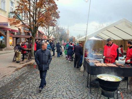 Сьогодні в Мукачеві відзначають свято покровителя міста (ФОТО)