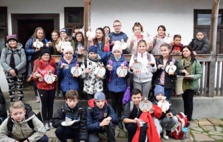 Творчі закарпатські діти виготовляли подарунки до Дня Святого Мартина (ФОТО)