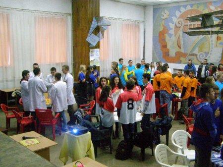 У Хусті відбувся святковий турнір ерудитів «Що? Де? Коли?» серед студентів (ФОТО)