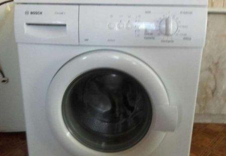 Залишили саму вдома: 5-річну дівчинку знайшли мертвою в пральній машині
