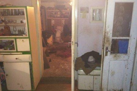 На Виноградівщині поліцейські затримали жінку, яка вбила чоловіка, встромивши ніж у шию