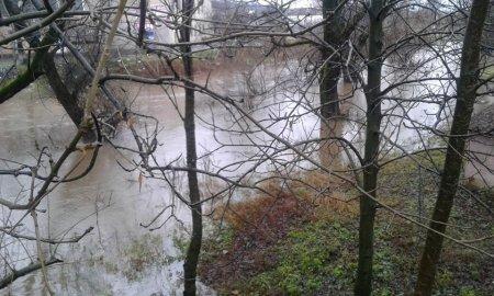 Закарпаття в очікуванні нової повені - рівень річок стрімко пішов вгору (фото)