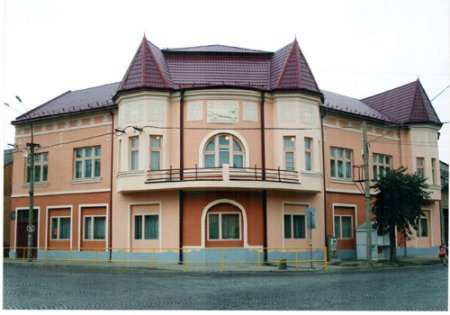 У Мукачівській дитячій школі мистецтв №1 ім. С. Мартона проведено ремонтні роботи