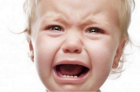 Мене били і я буду: горе-мати спотворила грудну дочку