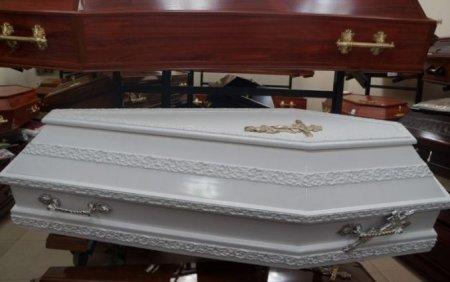 """""""Була на дев'ятому місяці"""": Мертва жінка народила дитину в труні"""