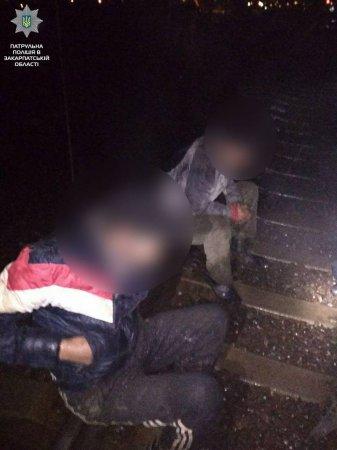 В Ужгороді горе-крадії зустріли поліцейських (ФОТО)