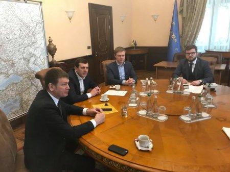Інфраструктурні проекти для Закарпатської області обговорили з в.о.керівника «Укрзалізниці» народні депутати від Закарпаття