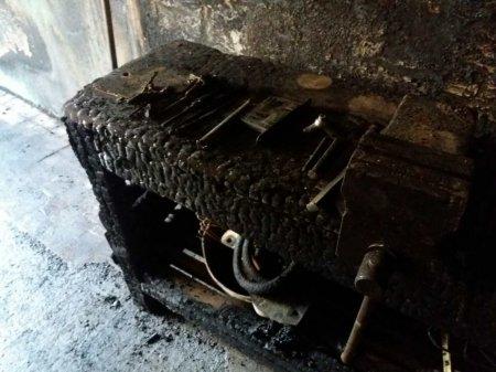 Четверо студентів в лікарні через сильну пожежу в УжНУ