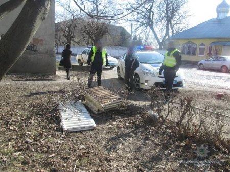 Мукачівські правоохоронці на місці злочину затримали крадія чавунних батарей