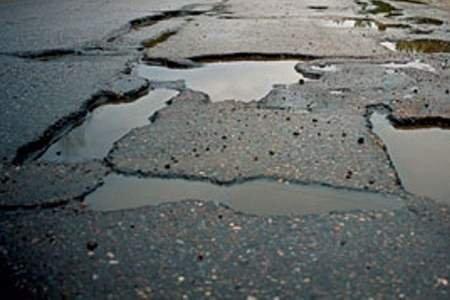 Головна причина жахливого стану автодоріг у Закарпатті – недостатнє фінансування на рівні держави