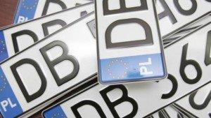 До уваги закарпатців: Влада знайшла спосіб, як вирішити проблему автомобілів на єврономерах