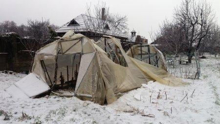 Після шквального снігового шторму на Закарпаття насуваються сибірські морози до -22 градуси Цельсія (фото)