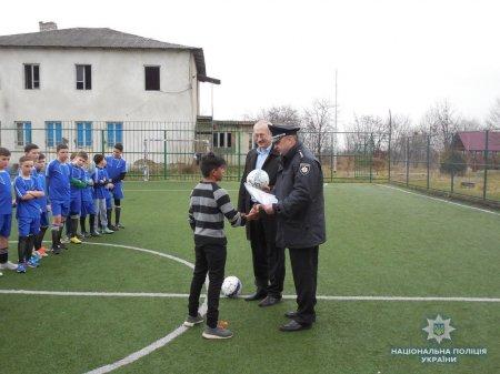 На Мукачівщині, за ініціативи поліції, провели турнір з міні-футболу (ФОТО)